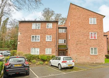 Thumbnail 1 bedroom flat for sale in Badgers Copse, Orpington