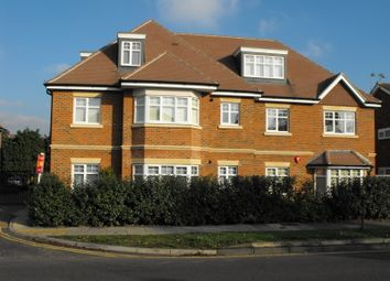 Thumbnail 3 bed flat to rent in New Zealand Avenue, Walton-On-Thames