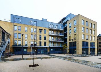 Thumbnail 1 bed flat for sale in Hertford Road, Islington