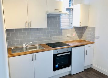 Thumbnail Studio to rent in Flat 7, 27 Biscot Road, Luton