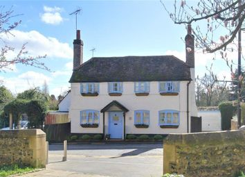 Thumbnail 2 bed detached house for sale in Pangbourne Hill, Pangbourne, Reading