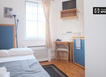 Thumbnail Studio to rent in Fulham Palace Road, London