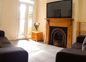 Thumbnail 5 bed property to rent in Beaconsfield Road, Leicester