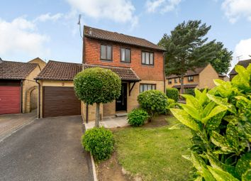 3 bed detached house for sale in Alterton Close, Goldsworth Park, Woking GU21