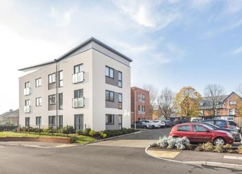 Thumbnail 2 bed flat for sale in Reading, Berkshire