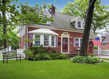 Thumbnail 3 bed property for sale in Lynbrook, Long Island, 11563, United States Of America