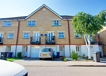 Thumbnail 4 bed town house to rent in Ribblesdale Avenue, Friern Barnet, London