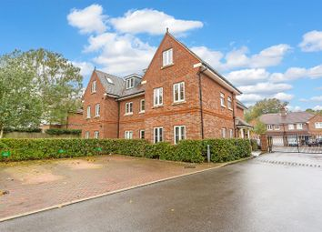 Thumbnail 2 bed flat for sale in Hurley Close, Banstead