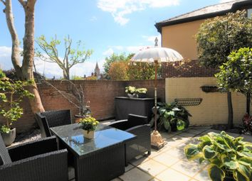 Thumbnail 2 bedroom town house to rent in Queen Street, Henley-On-Thames