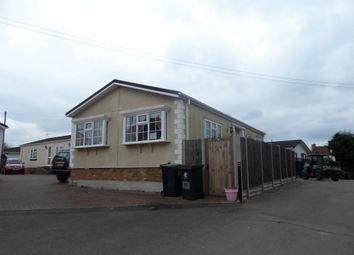 Thumbnail 2 bedroom mobile/park home for sale in Brookmeadow Way, Waltham Abbey