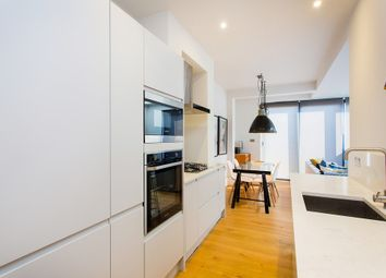 Thumbnail Flat for sale in Brayburne Avenue, London
