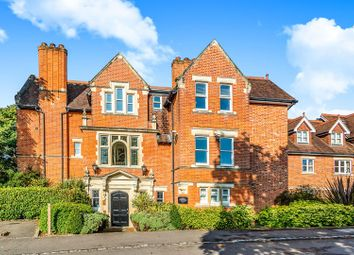 2 bed flat for sale in Upcross Gardens, Reading RG1