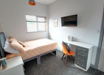 Thumbnail Room to rent in Sweetbriar Road, Leicester
