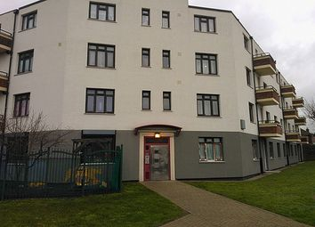 Thumbnail Room to rent in Shirley House Drive, Charlton