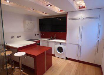 Thumbnail 3 bed flat to rent in Gardiner Street, Gillingham