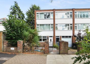 Thumbnail 4 bedroom town house to rent in Chatsworth Close, Chiswick
