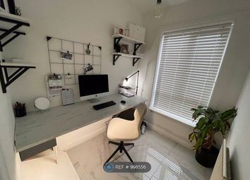 3 bed terraced house to rent in West Street, Manchester M24