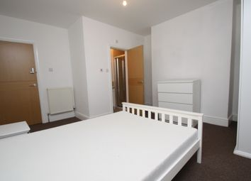 Thumbnail Room to rent in Ashton Place, Leeds