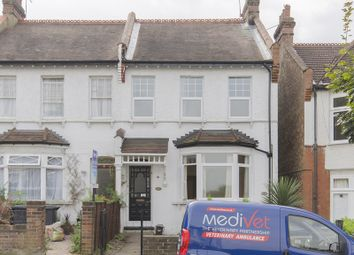 Thumbnail 2 bed flat to rent in Halliwick Road, Muswell Hill, London