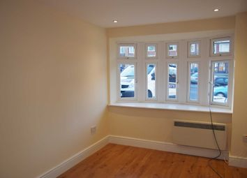 Thumbnail 1 bed flat to rent in Desborough Avenue, High Wycombe
