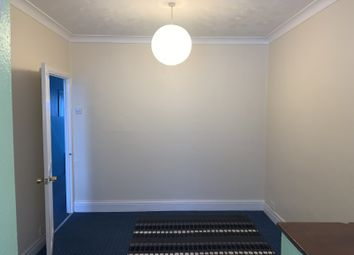 Thumbnail 1 bed flat to rent in Hill Rise, Greenford