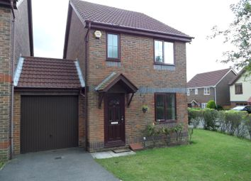 Thumbnail 3 bed semi-detached house to rent in Leatherhead Gardens, Hedge End, Southampton