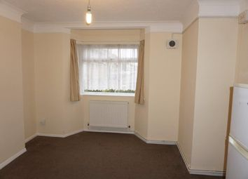1 bed flat to rent in Breamore Court, Breamore Road, Goodmayes IG3