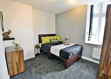 Thumbnail 3 bed flat to rent in Manchester Road, West Timperley, Altrincham