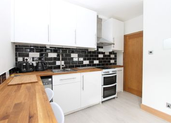 Thumbnail 1 bed flat to rent in Chatsworth Road, Brighton