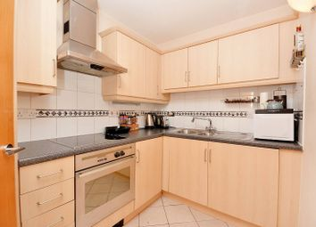 Thumbnail 2 bed flat to rent in Prescot Street, Aldgate