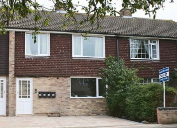 Thumbnail 2 bed flat to rent in Clover Place, Oxford