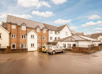 2 bed property for sale in Saxon Court, Wessex Way, Bicester OX26