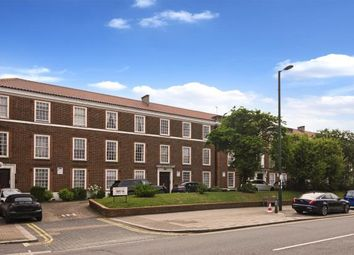 Thumbnail 2 bed flat for sale in Finchley Road, Temple Fortune, London