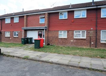 Thumbnail 2 bed flat to rent in Britten Close, Crawley