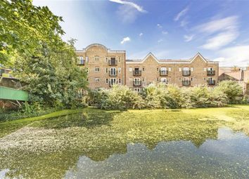 Thumbnail 2 bed flat for sale in Laburnum Street, London