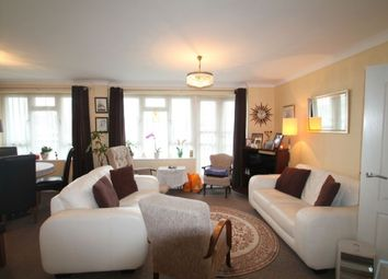 Thumbnail 3 bedroom flat for sale in Fairway Court Great North Road, New Barnet, Barnet