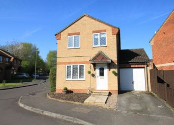 Thumbnail 3 bedroom detached house for sale in Woodstock Close, Hedge End, Southampton