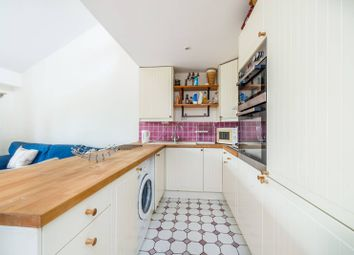 Thumbnail 2 bedroom flat to rent in Wesley Square, Notting Hill