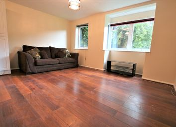 Thumbnail 1 bed flat to rent in Poyle Road, Colnbrook, Slough