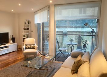 Thumbnail 2 bed flat to rent in Flower Lane, London