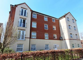 Thumbnail 2 bedroom flat to rent in East Shore Way, Portsmouth