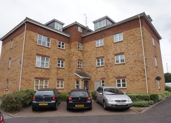 Thumbnail 2 bed flat for sale in Cannon Gate, Slough