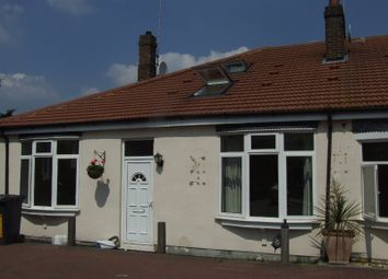 Thumbnail 4 bed bungalow to rent in Alton Gardens, Luton