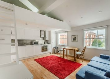 Thumbnail 1 bed flat to rent in Leigh Street, Bloomsbury, London