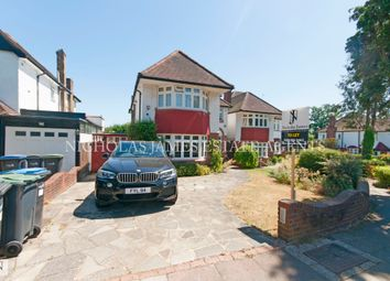 Thumbnail 4 bed detached house to rent in Bourne Avenue, Southgate