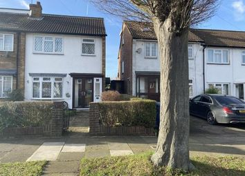 Thumbnail Property for sale in Beechwood Avenue, Greenford, Middlesex, England