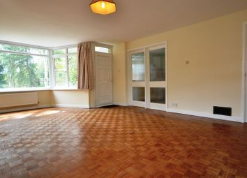 Thumbnail 2 bed flat to rent in Linkway, Crowthorne