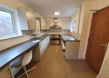 Thumbnail 5 bed shared accommodation to rent in The Lampreys, Gloucester