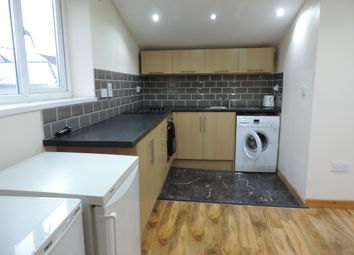 2 bed maisonette to rent in Richmond Road, Cathays, Cardiff CF24