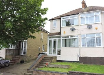 Thumbnail 2 bed flat to rent in Third Avenue, Luton